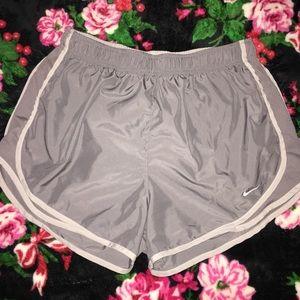 Nike Dri-fit Shorts - L